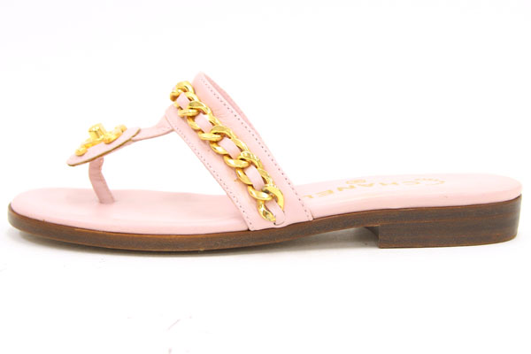 8dc1d6577e36 Chanel Lady s shoes sandals here mark chain pink lambskin size 37 24cm used  tong sandals gold vintage antique old classic rare nostalgic CHANEL