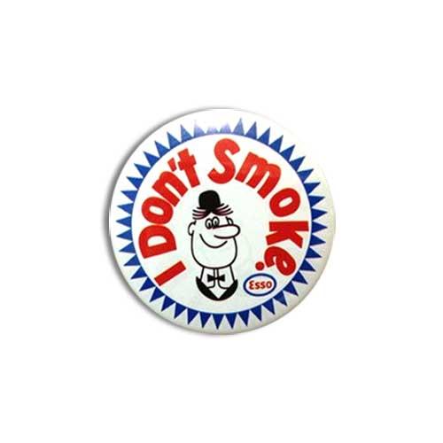 アメリカンな柄がかわいい缶バッチです 缶バッチ #CB008 ESSO I 代引き不可 Smoke エッソ アメリカン雑貨 別倉庫からの配送 Don't