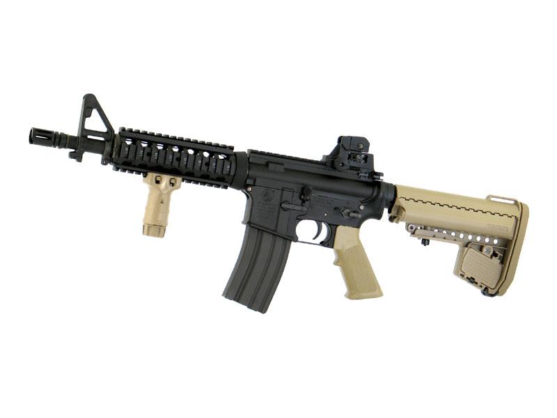 東京マルイ M4A1カービン < CQB-R > フラットダークアースモデル 次世代電動ガン(電動エアーガン・電動エアガン) 対象年令18才以上(18歳以上) <COLT/コルト><M4ショーティー>