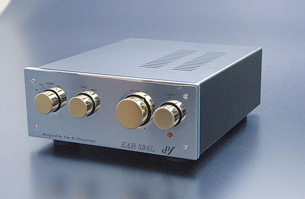 EAR イーエーアール 管球式コントロールアンプ EAR834L 価格お問い合わせ下さい。