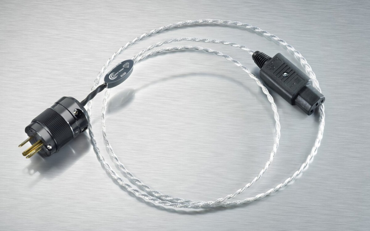 Crystal Cable CrystalPower Piccolo Diamond 1.0m (CH Precisionの付属品) 価格お問合せ下さい。 クリスタルケーブル パワーケーブル