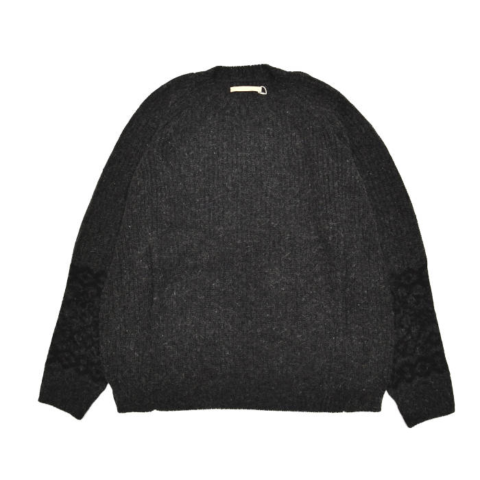 AUGUSTE-PRESENTATION オーギュストプレゼンテーション 英国羊毛×シルクアンゴラニット AUNIT001