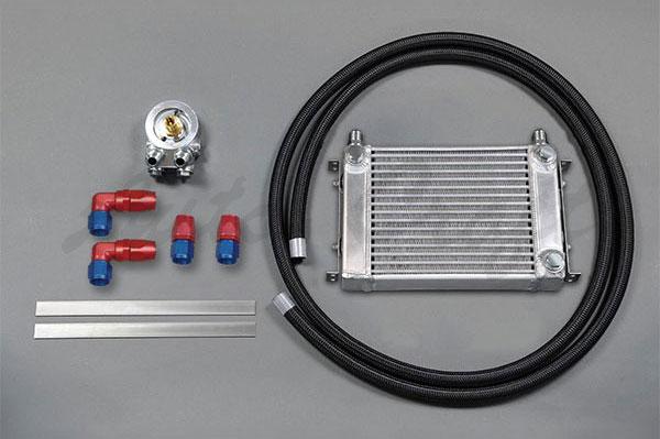 HPI 人気の定番 予約販売品 サイドタンク式 汎用オイルクーラーキット オイルエレメント純正位置 M20×P1.5 W1 サンドイッチタイプ