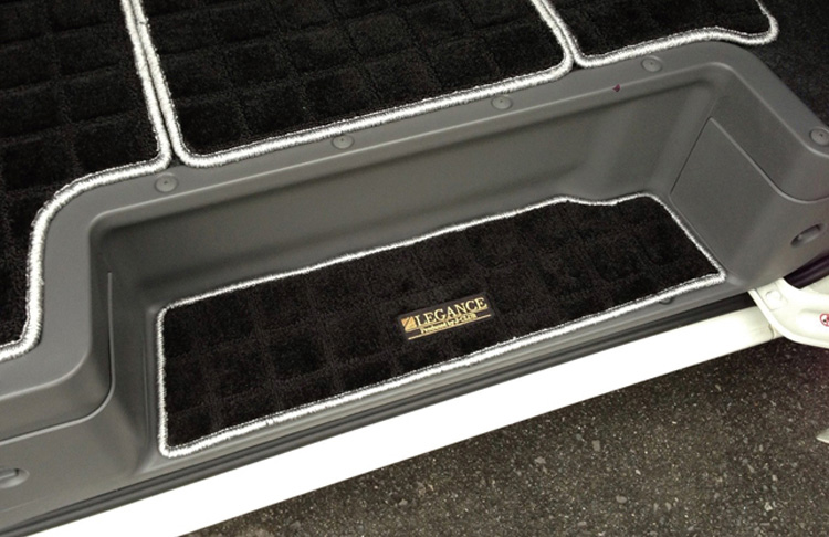 NV350キャラバン レガンス ワッフルステップマット バンプレミアムGX 左右セット LEGANCE ナロー