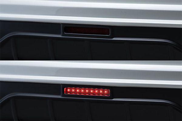 M'z SPEED LEDバックフォグランプキット メルセデスベンツ Eクラス W213 16/7~ E200/E220d/E250他 アヴァンギャルドスポーツ ※北海道は送料2160円、沖縄・離島は要確認