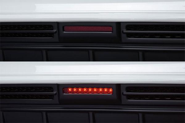 M'z SPEED LEDバックフォグランプキット メルセデスベンツ CLAクラス シューティングブレーク X177 16/8~ CLA180 ※北海道は送料2160円、沖縄・離島は要確認