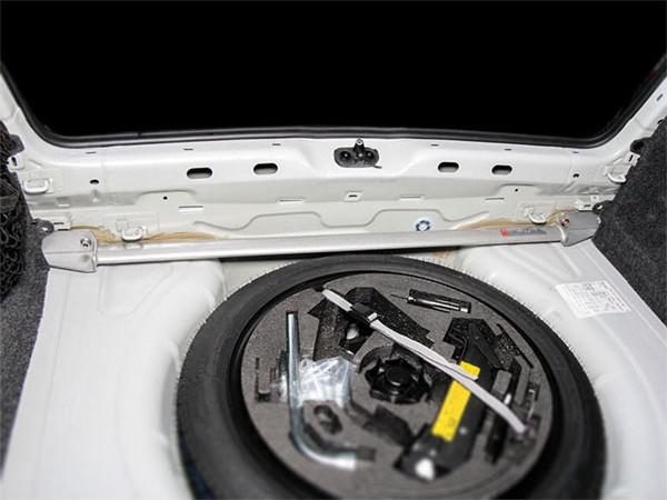 OKUYAMA オクヤマ トランクブレースバー ゴルフVI GTI/シロッコ R 1KCCZ/13CDL