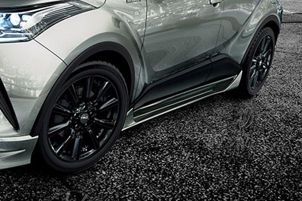 TRD サイドスカート メタルストリームメタリック(1K0) C-HR NGX50 ZYX10 16/12~19/10 除くマッドフラップ(511)付車