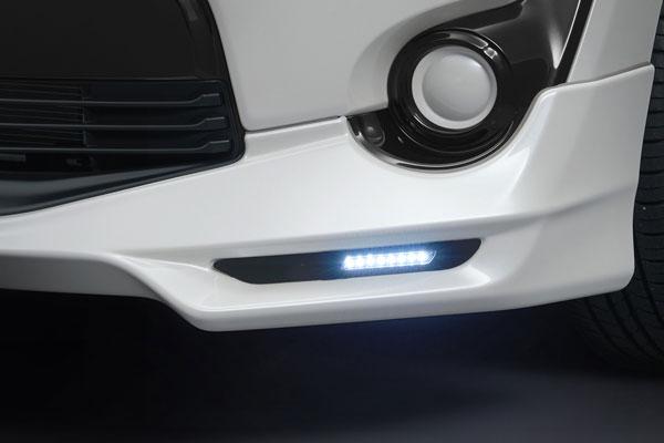 TRD LEDデイタイムランプ シエンタ NSP170G NHP170G NCP175G 15/07~18/08 TRDフロントスポイラー(502)付車のみ
