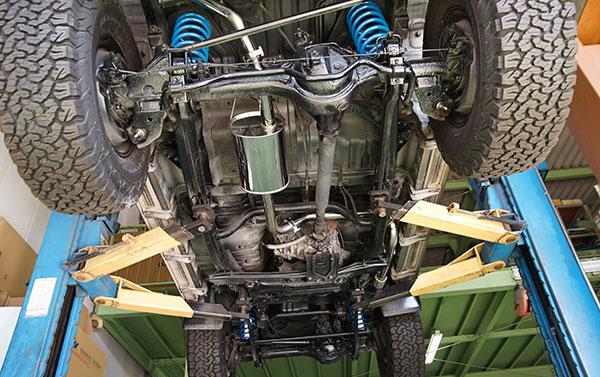 [TRUST] トラスト GReddy クロスマフラーN-Style マフラー ランドクルーザープラド KZJ78W 1993/5~1996/4 1KZ-TE 3.0L 4WD センター部 沖縄・離島は要確認