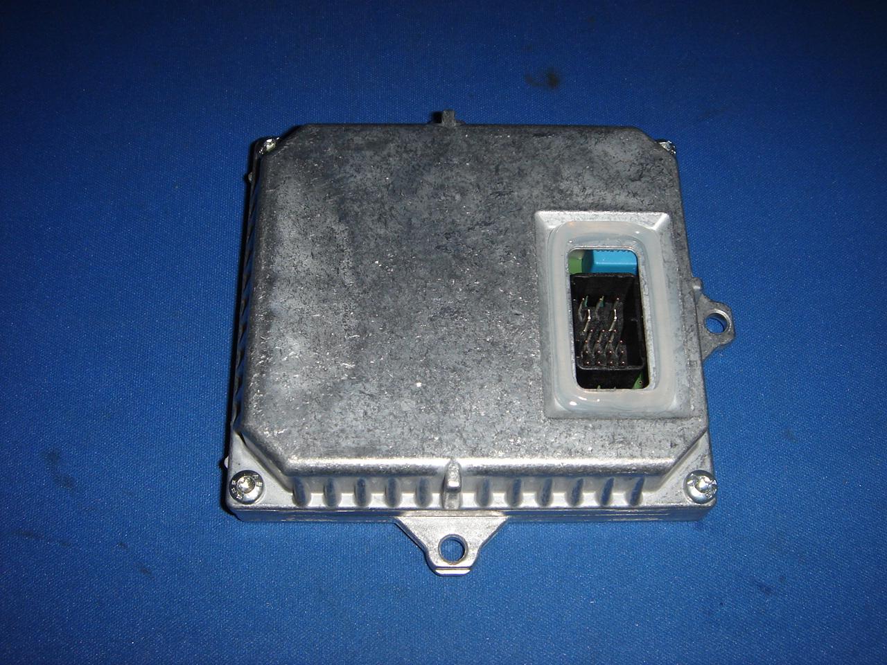 ヘッドライト ライティングコントロール モジュール/HIDバラスト【純正】[適合車種]サードレンジローバー前期'02-'05 L322 BMWエンジン