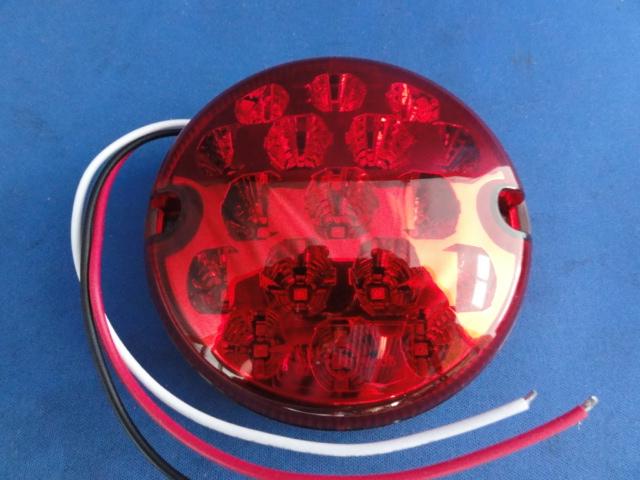 LEDテールレンズ+台座 各左右2個セット NAS北米仕様 UK社外製 レンズ色2種 レッド クリア NEW レンズ直径95mm 適合車種 ハイクオリティ ディフェンダー90 110 DEFENDER 130