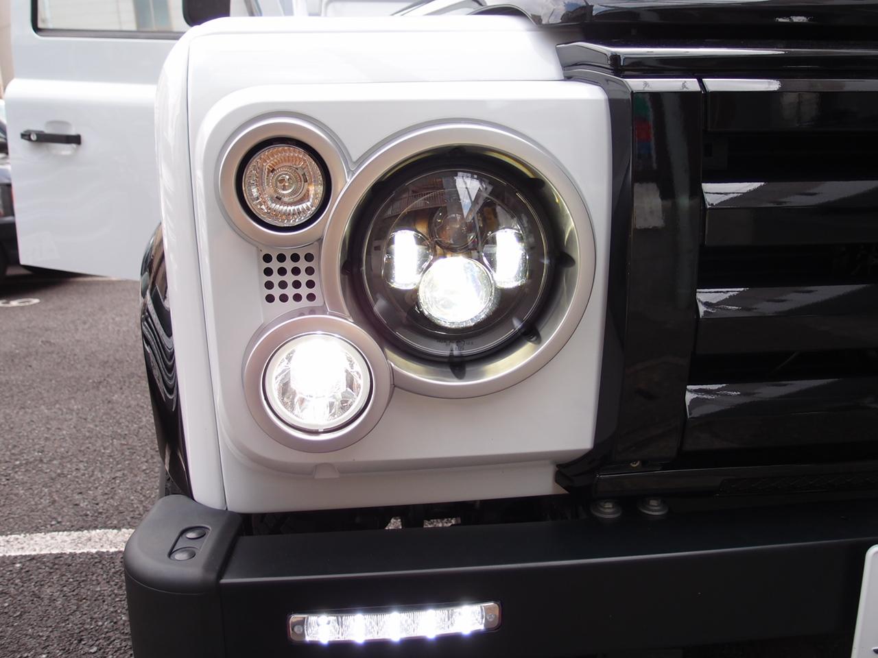 フロントバンパー【純正】LEDデイライト埋め込み加工一式サービス LEDライト含む  DEFENDER/ディフェンダー