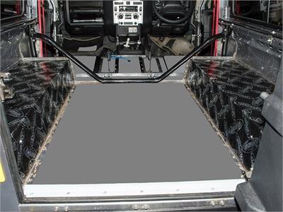 デッドニング・消音対策キット リアホイールアーチ用ディフェンダー90 - '03-2006年ディフェンダー90 - 2007年以降Dynamat Xtreme sound deadening kit/Rear wheel archesDefender90 - 1983 - 2006Defender90 - 2007 onwards