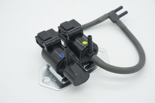 AL 車用ケーブル フリーホイールクラッチ コントロール ソレノイド 弁MB937731 三菱 パジェロ L200 L300 V43 V44 V45 K74T V73 V75 V78 AL-AA-7092