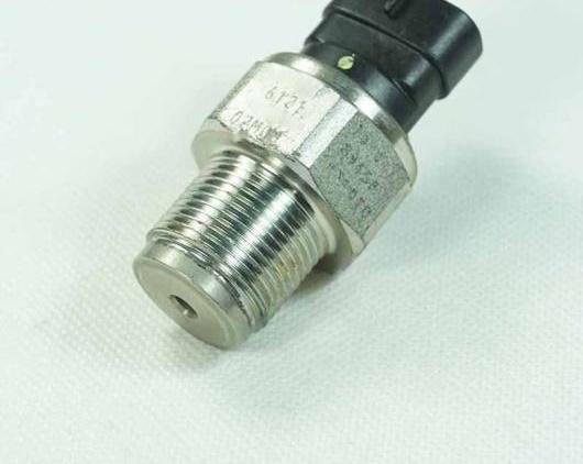 AL ディーゼル コモン レール フューエル プレッシャー センサー 89458-71010 8945871010 適用: トヨタ ハイラックス ハイエース D4D 3.0L エンジン AL-FF-2759