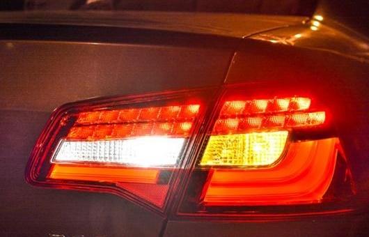 AL 適用: フォルクスワーゲン/VOLKSWAGEN VW ボーラ テールライト 2013-2015 LED リア ライト テール ランプ DRL + ブレーキ パーク シグナル ストップ レッド AL-HH-0173