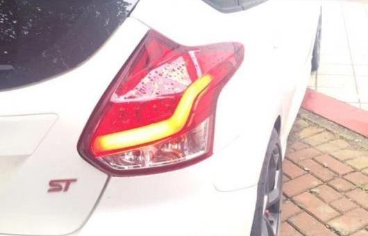 AL 適用: フォード/FORD フォーカス 2 テールライト 2012-2013 LED テール ランプ リア トランク カバー DRL + シグナル ブレーキ REV レッド AL-HH-1117