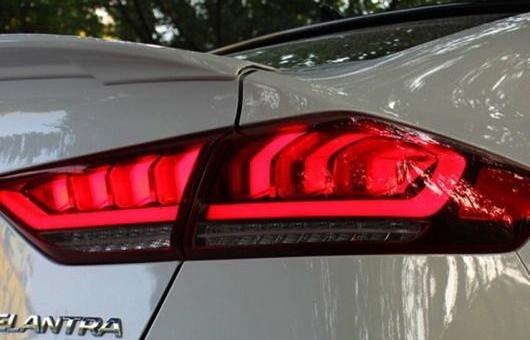 AL LED テール ランプ リア ライト 適用: ヒュンダイ/現代/HYUNDAI エラントラ アバンテ 2016-2018 DRL + ブレーキ パーク シグナル レッド AL-HH-1361