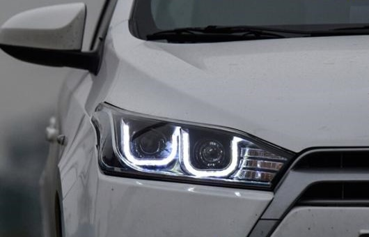 AL ヘッドライト 適用: トヨタ ヤリス 2014-15 LED ヘッドランプ デイタイムランニングライト DRL バイキセノン HID 4300K~8000K 35W・55W AL-HH-0014
