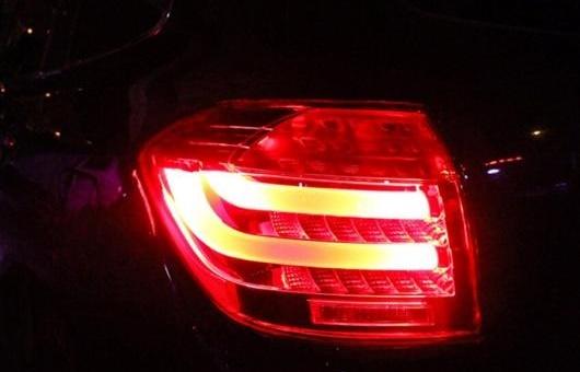 AL テール ランプ 適用: トヨタ ハイランダー ライト LED リア DRL + ブレーキ パーク シグナル レッド AL-HH-0084