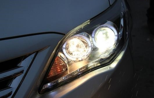AL ヘッドランプ 適用: トヨタ カローラ 2011 LED ヘッドライト DRL H7/D2H HID キセノン BI レンズ 4300K~8000K 35W・55W AL-HH-0902