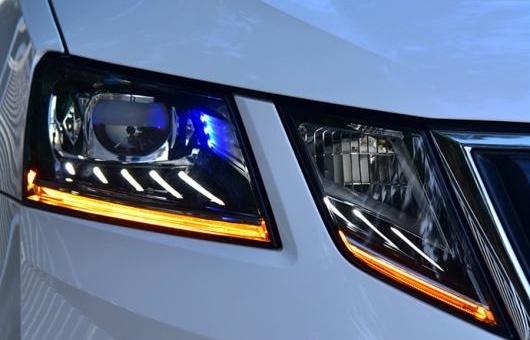 AL ヘッドランプ 適用: フォルクスワーゲン/VOLKSWAGEN シュコダ 2018 オクタヴィア ヘッドライト LED DRL バイキセノン レンズ 4300K~8000K 35W・55W AL-HH-1291