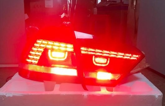 AL 適用: VW フォルクスワーゲン/VOLKSWAGEN US パサート B7 テールライト 2012 2013 2014 2015 LED リア ランプ DRL + ターンシグナル ブレーキ リバース レッド AL-HH-1355