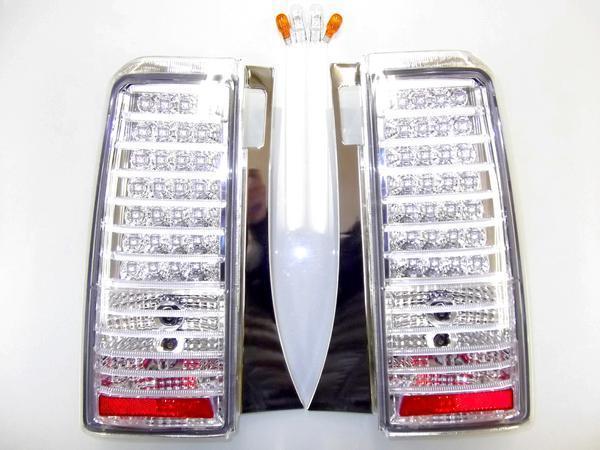 送料無料 トヨタ Bb リア LEDクリスタルテールランプ NCP30 NCP31 NCP35 前期 / 後期 総LED56発 テールライト 反射板付き 左右 バルブ付き