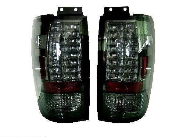 送料無料 フォード エクスペディション リンカーン ナビゲーター スモークレンズ LEDクリスタルクロームテールランプ 左右SET テールライト