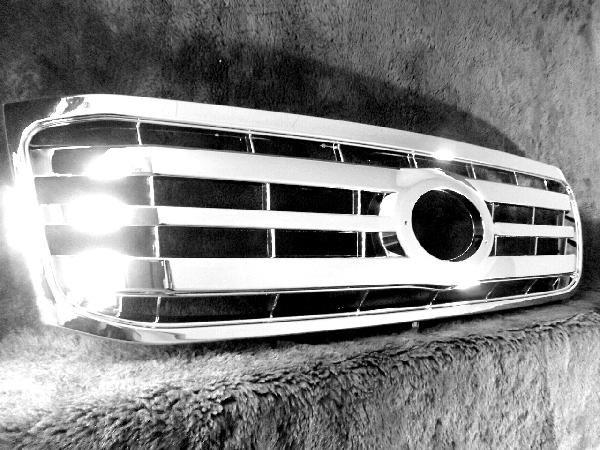 車種別専用パーツ 汎用パーツ 車 カー用品 カーパーツ タイヤ カーナビ 爆買い新作 ドライブレコーダー アウトレット☆送料無料 アクセサリー バッテリー シート セキュリティ フロアマット ドレスアップパーツ 送料無料 トヨタ 100系 UZJ100W 後期LOOK HDJ101K ラジエーターグリル クローム 前期用 グリル ランドクルーザー フロント メッキ ランクル