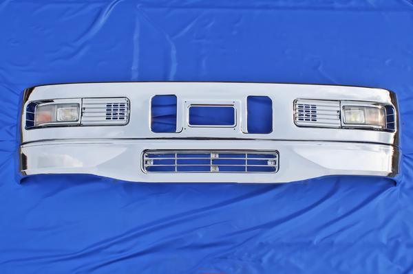三菱ふそう スーパーグレート 600H用 メッキ フロント バンパー フルセット バンパー/バンパーガーニッシュ/バンパーフォグ/リップスカート/バンパーグリル