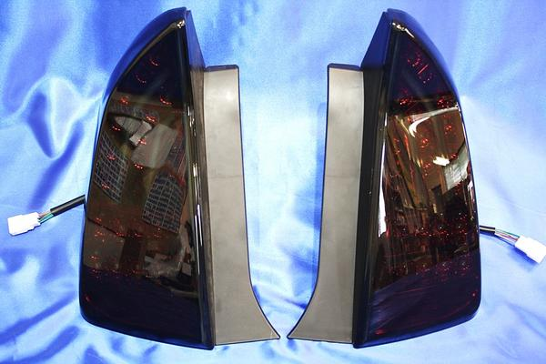 プリウス ZVW30 ライトバー 付き フル LED スモークレッド テール ライト 新品