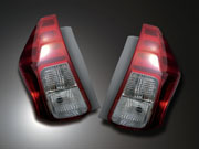 Grazio プリウスα ZVW40/41 カラードテールレンズ 完成品(後期モデル) レッド&ブラックオニキス