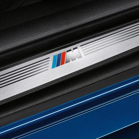 【USビーエムダブリュー直輸入純正品】BMW X1 2015年式以降 現行(平成27年式以降) F48型に適合Mパフォーマンス ドアシルプロテクター左右セット