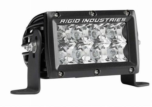 【US直輸入正規品】RIGID INDUSTRIESリジッドインダストリーEマーク Eシリーズ 4インチLEDライトバー(色:ホワイト/タイプ:スポット)※1個