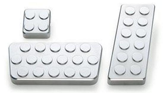 【AMI 直輸入純正品】 ペダルカバーキットブレーキパッド ドットタイプGM 1500, 2500 タホ、 ユーコン 99'-06'