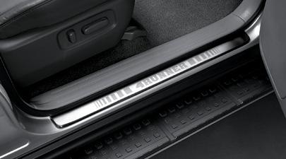 【USトヨタ・直輸入純正品】4Runner 4ランナー ハイラックスサーフ2003-2009年式(平成15年-平成21年)ドアシルプロテクター(スカッフプレート/キッキングプレート)(フロント)
