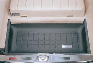 【Weather Tech直輸入正規品】Mercedes-Benz(メルセデスベンツ) 300TE 3列目 1988-1993年ウェザーテック カーゴライナーカラー:ブラックカーゴトレイ・カーゴマット(ラゲッジ用ラバーマット/トランクマット)
