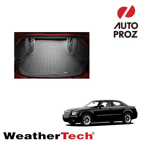 【エントリーで最大P5倍】[WeatherTech 正規品] クライスラー 300/300C 2011年式以降現行 カーゴライナー カーゴトレイ カーゴマット ブラック