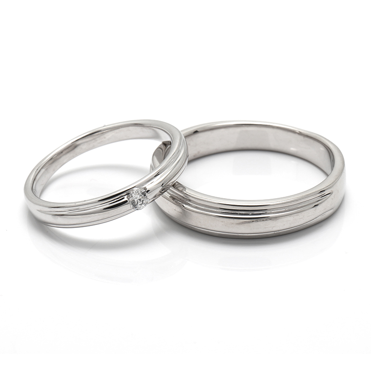 【BRIDAL C】 ※4週間前後でお届けダイヤモンド18K ホワイトゴールドリング 0.05ct -レディースデザイン-