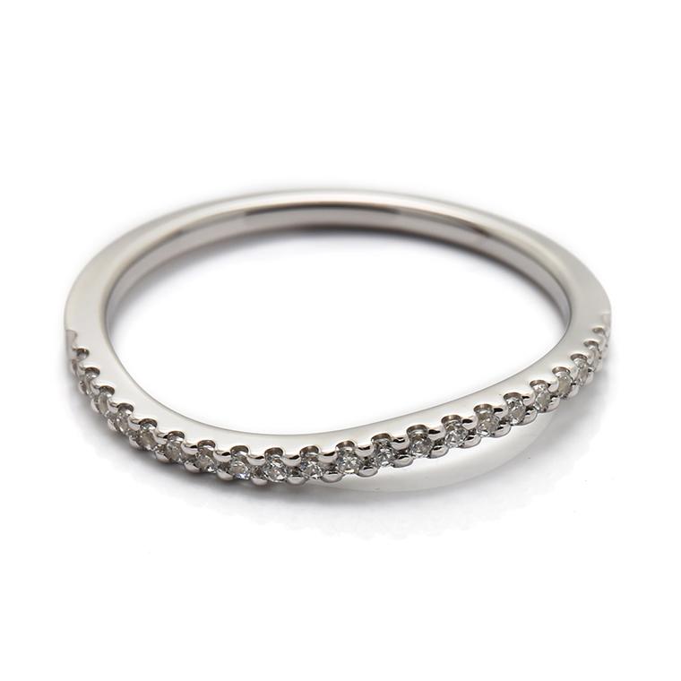 【マリッジリング(結婚指輪):レディース】【ウェーブハーフエタニティ】プラチナダイヤモンドリング(0.105ct) KSIMA-003H ※4週間前後でお届け