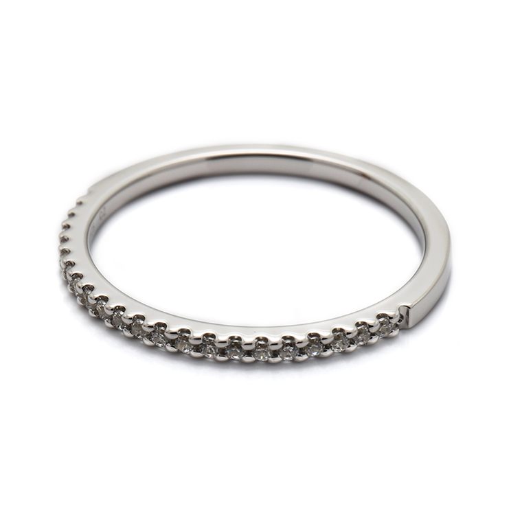 【マリッジリング(結婚指輪):レディース】【ストレートハーフエタニティ】プラチナダイヤモンドリング(0.105ct) KSIMA-001H ※4週間前後でお届け