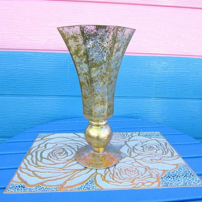 流行 すらりとした背が高めのフラワーベース生花 造花 どちらも華やかに見せてくれます ≪インテリア雑貨 花器≫ フラワーベース クラシックゴールド 配送員設置送料無料 天使 花瓶 花器 エンジェル プレゼント インテリア置物