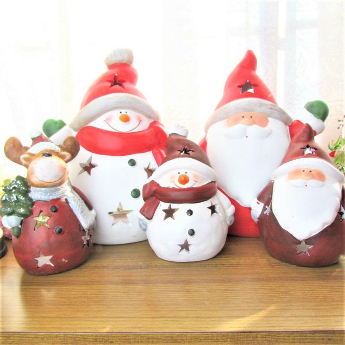 素焼きに塗装を施したかわいいサンタ スノーマンにトナカイが追加 星型にくりぬかれたデザインも可愛らしく人気です ほっこりクリスマス まんまるクリスマス 三種類 クリスマス サンタ インテリア置物 クリスマス雑貨 置物 送料無料お手入れ要らず プレゼント スノーマン トナカイ ウインターギフト 売店