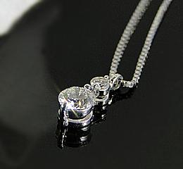 k18WG 大粒0.3ctダイヤモンドネックレス ゴールド かわいい 人気 ネックレス ダイヤネックレス ダイヤモンドペンダント 18金 一粒 シンプル ご褒美 贈り物 誕生日