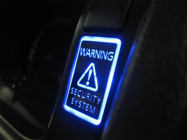 純正ホールにピッタリはめ込めるダミーセキュリティ 5mmLEDを入れるだけの簡単設計 セキュリティー連動 スイッチ取付で自動点滅切り替えも可能 トヨタCタイプ ハイエース レジアスエースバン200系 ハイエース4型アクリルブランクスイッチ 優先配送 4型10P05Nov16 ショッピング