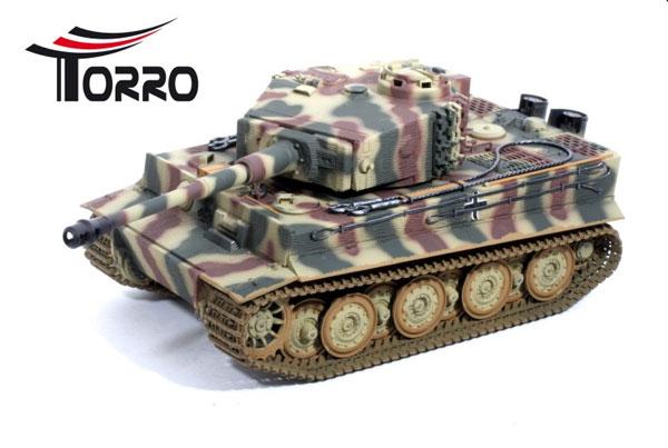 ラジコン戦車完成品トロTorro 1/16Tiger I 後期型(金属シャーシー・赤外線バトルシステム・サウンド・発煙仕様・三色迷彩ウェザリング塗装) Tiger 1 Panzer mit Metallunterwanne Späte Version IR Tarn Torro 1112205224