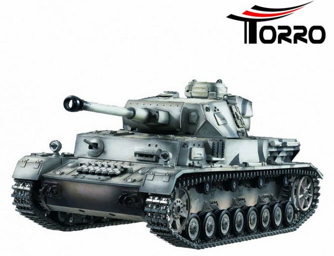 ラジコン戦車完成品トロTorro 1/16 IV号F2型 2.4GHz(冬季ウェザリング塗装・プラキャタピラ・BB・サウンド・発煙仕様)RC Panzer IV Ausf F2 Upgrade 2.4 GHz-Edition in beautiful airbrush paint wintergray and metal wheel suspension.1112103653