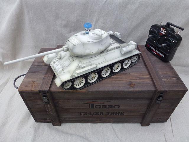 ラジコン戦車完成品トロTorro 1/16 T34/85プロ-メタルエディション(金属キャタピラ・赤外線バトルシステム・サウンド・発煙仕様・冬季塗装)T34/85 RC Panzer 2.4 GHz 1/16 Profi-Metall IR Schneetarn1112400403